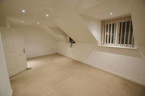 2 bedroom flat to rent - Apartment 5, 39 Blackbird Road