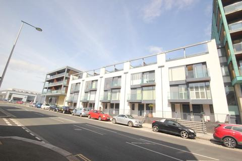 2 bedroom penthouse to rent - The Cargo, Millbay, Plymouth