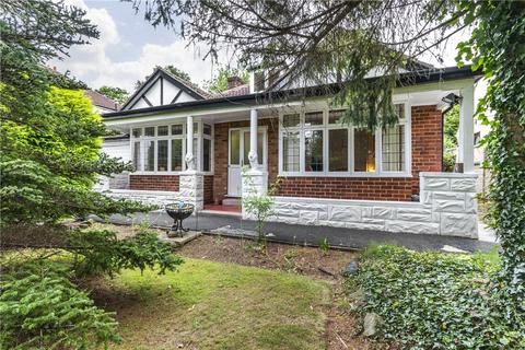 2 bedroom detached bungalow for sale - The Drive, Alwoodley, Leeds, West Yorkshire