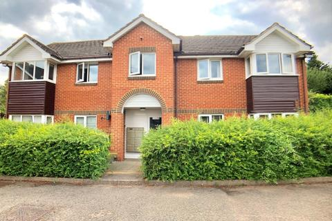 1 bedroom apartment to rent - Bourne End