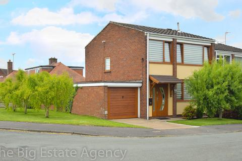 3 bedroom detached house for sale - Cambrian Close, Connah's Quay, Deeside, CH5