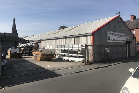 Warehouse to rent - TO LET - Unit 1 Langton Street, Heywood