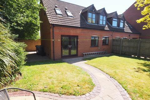 2 bedroom house to rent - Halyard Croft, Hull Marina, Hull, HU1 2EP