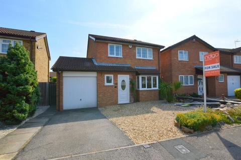 3 bedroom detached house for sale - Kirby Drive, Barton Hills, Luton, Bedfordshire, LU3 4AW
