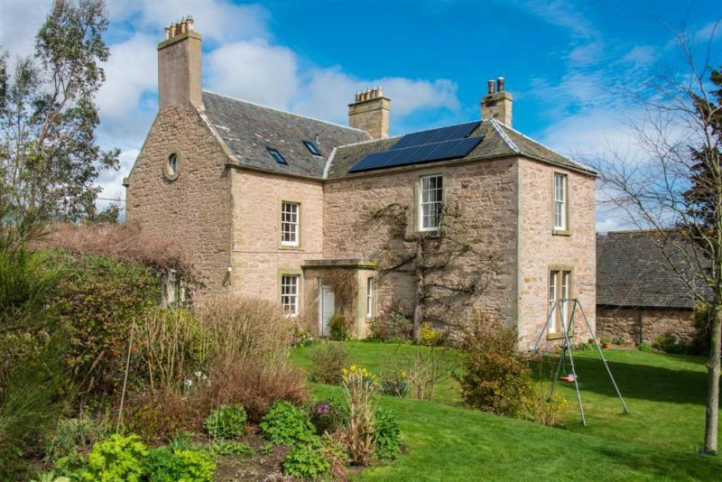 6 Bedrooms Detached House for sale in Langton House, Main Street, Gavinton, Duns, Scottish Borders, TD11