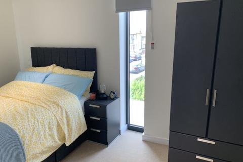 5 bedroom terraced house to rent - Grafton road