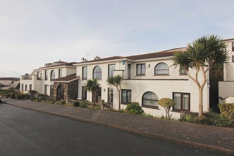 3 bedroom apartment to rent - Sea Cliff Road, Onchan