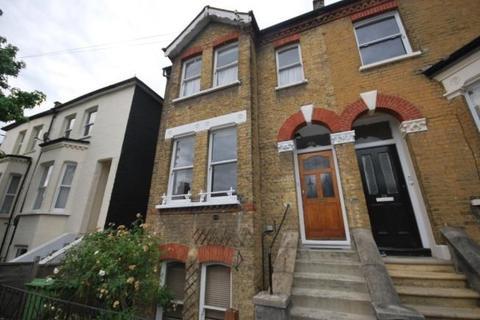 3 bedroom maisonette to rent - Henslowe Road, London, SE22