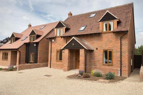 4 bedroom house to rent - The Nap, Oakley, Aylesbury