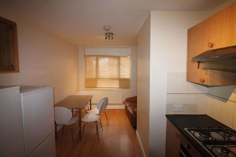 4 bedroom flat to rent - - Victoria Street, Leeds, West Yorkshire