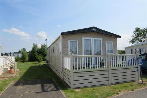 2 bedroom park home for sale - St. Johns Road, Whitstable