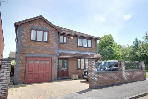 4 bedroom detached house for sale - Impala Way, Hull