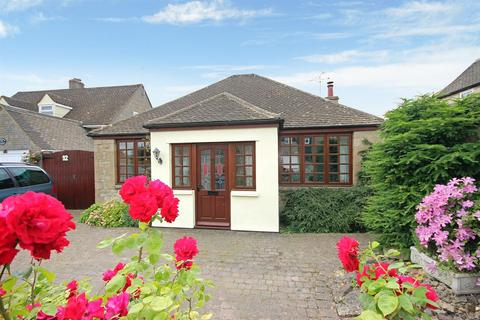 3 bedroom detached bungalow for sale - Lower End, Leafield, Witney