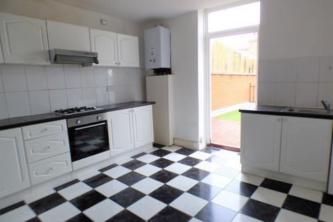 2 bedroom flat to rent - Tottenham Lane, Hornsey, N8