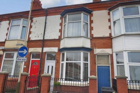 3 bedroom terraced house to rent - Central Road  Leicester