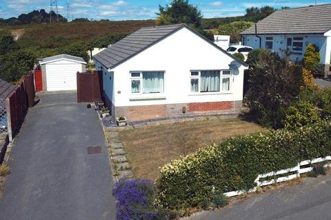 2 bedroom detached bungalow for sale - Monkton Crescent, Poole, BH12 4BX