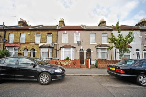 2 bedroom house for sale - Stracey Road, London, E7