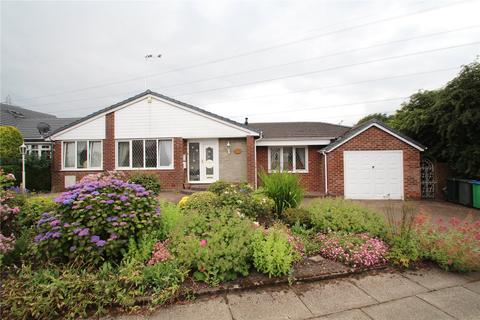 4 bedroom detached house for sale - Tyrone Drive, Bamford, Rochdale, Greater Manchester, OL11