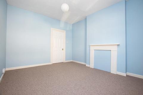 2 bedroom property to rent - Victoria Road, Worthing