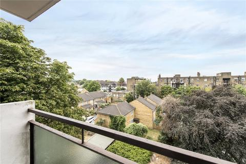 2 bedroom flat for sale - Cromer Court, Streatham High Road, London, SW16
