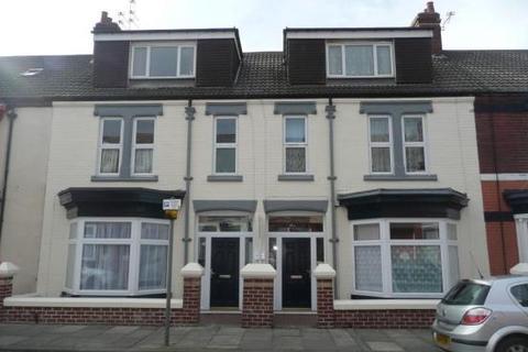 2 bedroom apartment to rent - 69 Queen Street , Redcar  TS10