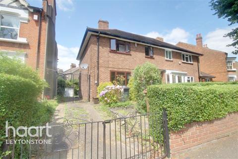 3 bedroom detached house to rent - Bushwood, E11