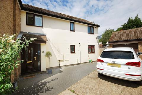 3 bedroom semi-detached house for sale - Glendale, South Woodham Ferrers, Chelmsford, Essex, CM3