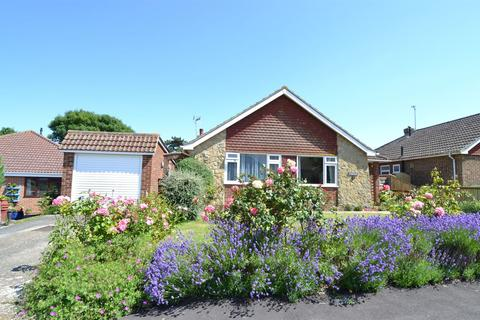 3 bedroom detached bungalow for sale - Richmond Road, South Tankerton, Whitstable