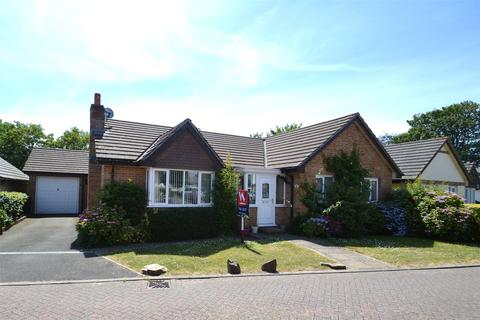3 bedroom detached bungalow to rent - Amyas Way, Northam