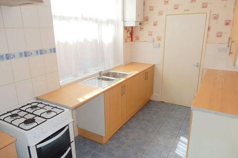 3 bedroom terraced house to rent - Wolverton Road, Leicester, LE3 2AL