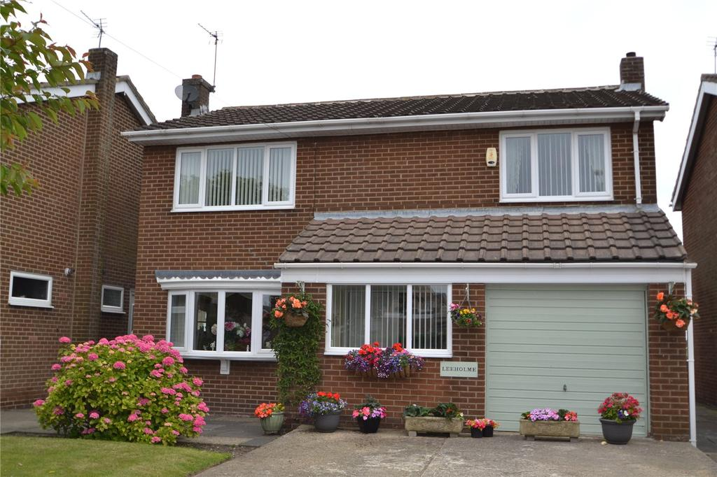 4 Bedrooms Detached House for sale in Seaside Lane, Easington Village, Co. Durham, SR8