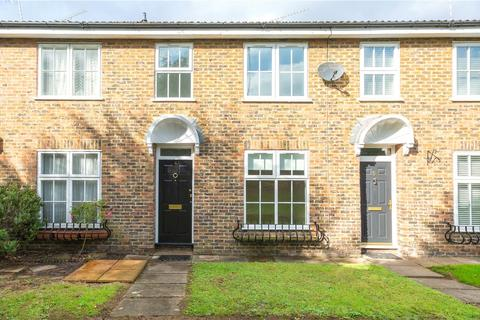 3 bedroom terraced house to rent - Chieveley Mews, London Road, Sunningdale, Ascot, SL5
