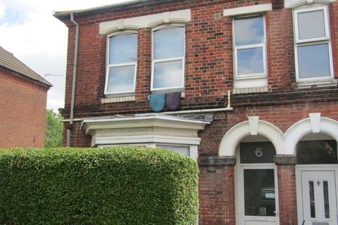 Studio to rent - Belmont Road, Southampton