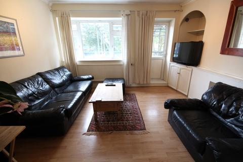 2 bedroom flat to rent - Stroud Green Road , Finsbury Park