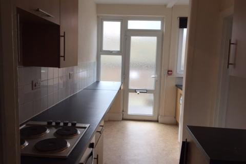 2 bedroom flat to rent - Harbour Road, Seaton