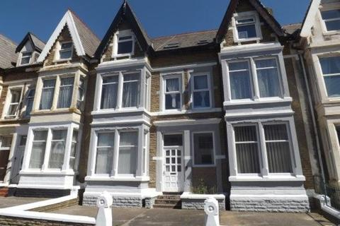 1 bedroom apartment to rent - Flat 6, 11-13 Holmfield Road