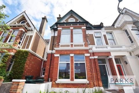 Studio to rent - Chatsworth Road, Brighton, BN1