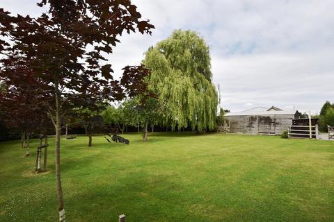 4 bedroom property with land for sale - Tanhouse Lane, Rangeworthy, BS37 7QA