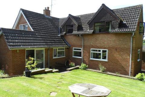 4 bedroom detached house to rent - MARLOW BOTTOM