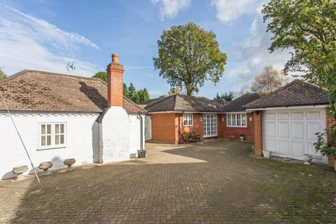4 bedroom house to rent - Kennel Ride, Ascot, Berkshire