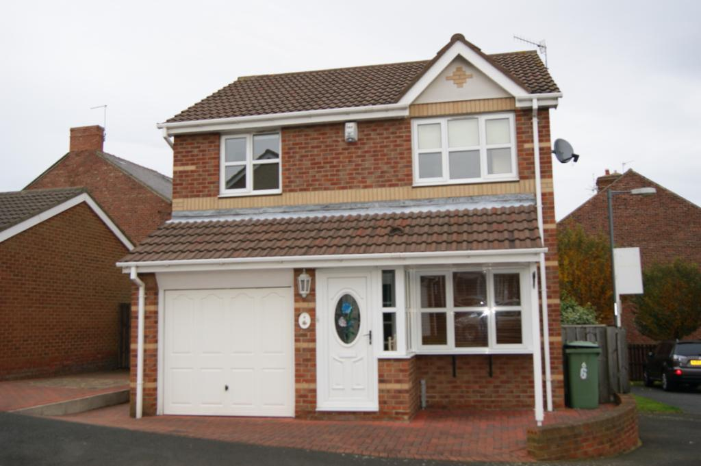 3 Bedrooms Detached House for sale in Hambleton Drive, Seaham, Co.Durham, SR7