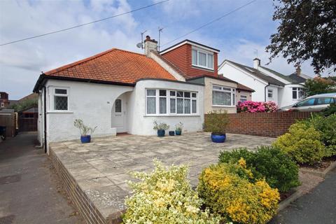 2 bedroom semi-detached bungalow to rent - Thornhill Avenue, Patcham, Brighton
