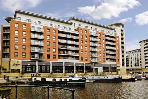 1 bedroom apartment to rent - Mackenzie House, Clarence Dock, Leeds, LS10