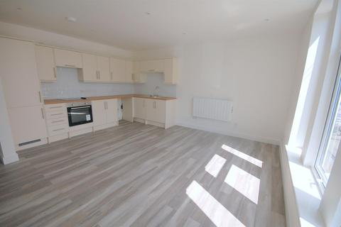 3 bedroom flat for sale - Hungerford Road, Crewe