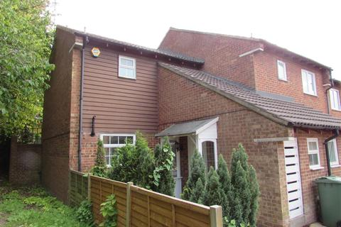 2 bedroom coach house to rent - Spoondell, Dunstable