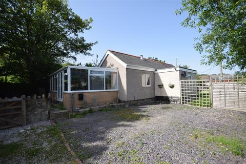 3 bedroom detached bungalow for sale - Rhyddyn Hill, Caergwrle, Wrexham