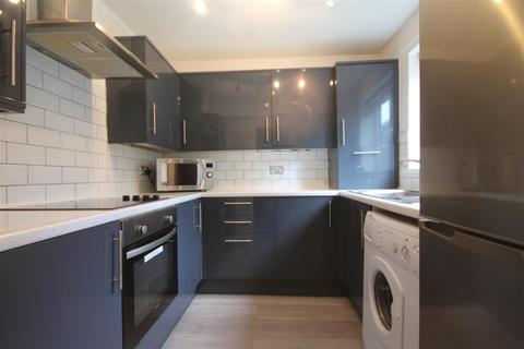 2 bedroom apartment to rent - Ashtree House, Spital Tongues