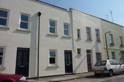 1 bedroom flat to rent - St Lukes Road GL53 7JH