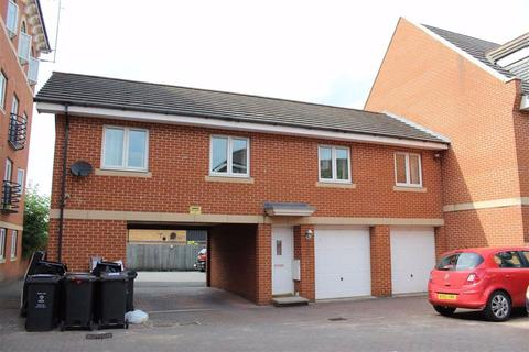 2 bedroom coach house to rent - Churchward