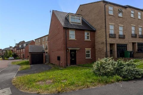 3 bedroom townhouse to rent - Raynville Way, Leeds, West Yorkshire, LS12